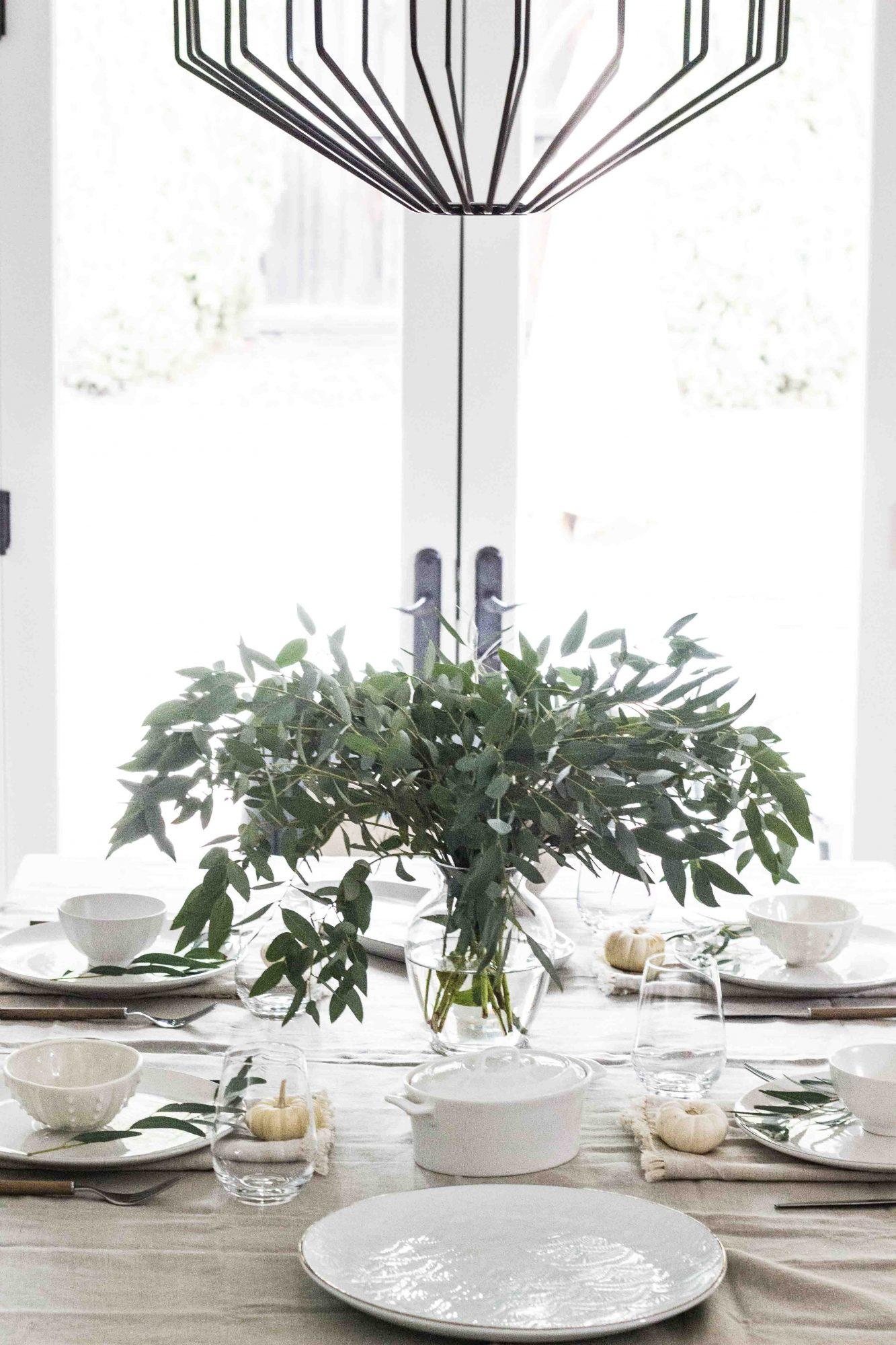 Minimalist Thanksgiving Tablescape-1-2