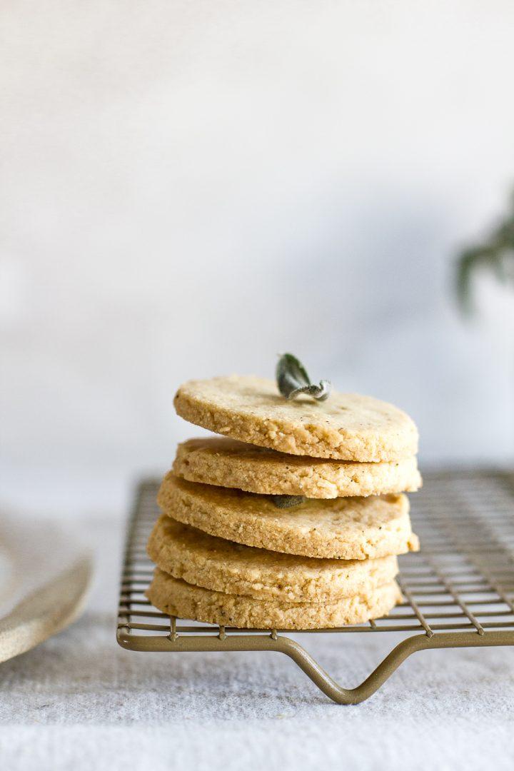 4 Ingredient Gouda Cookies