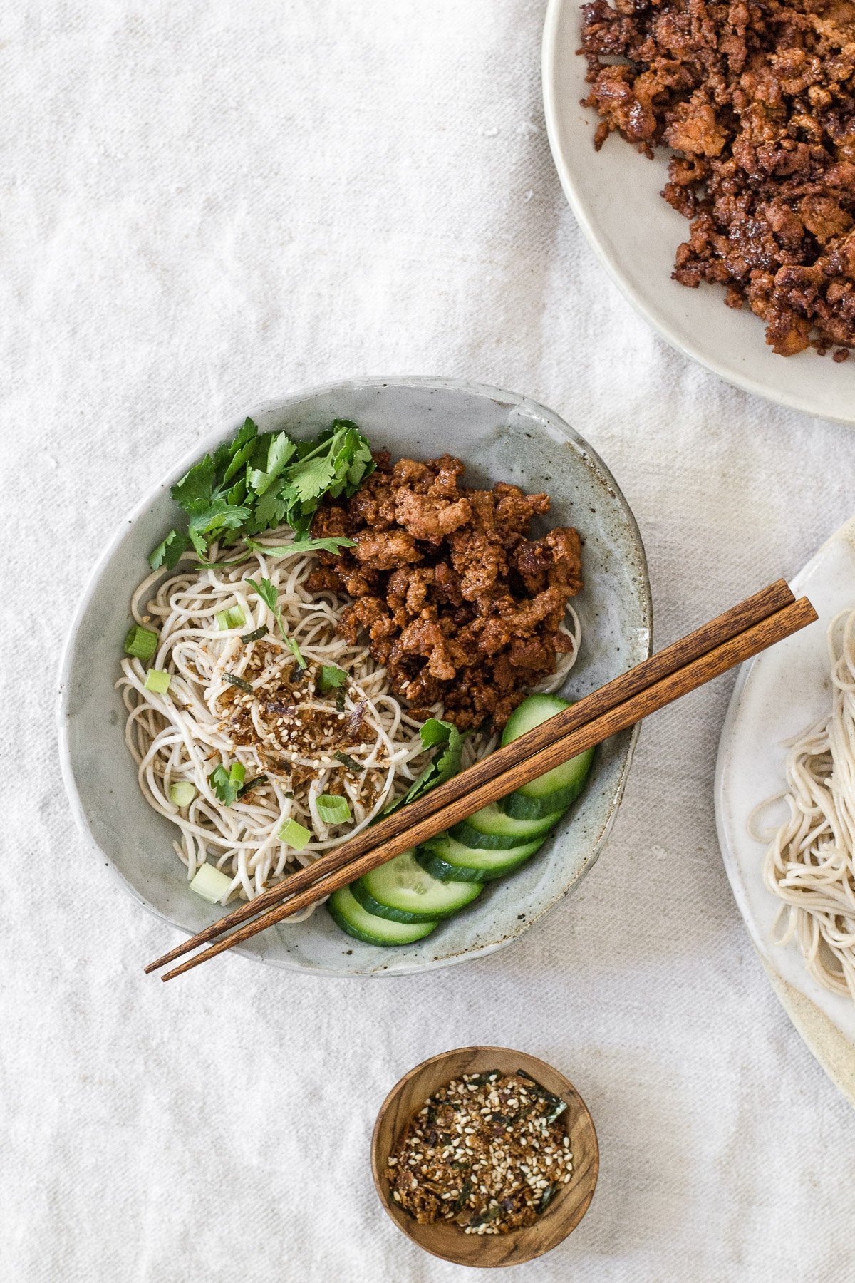 BBQ Minced Chicken with Garlic Soba Noodles