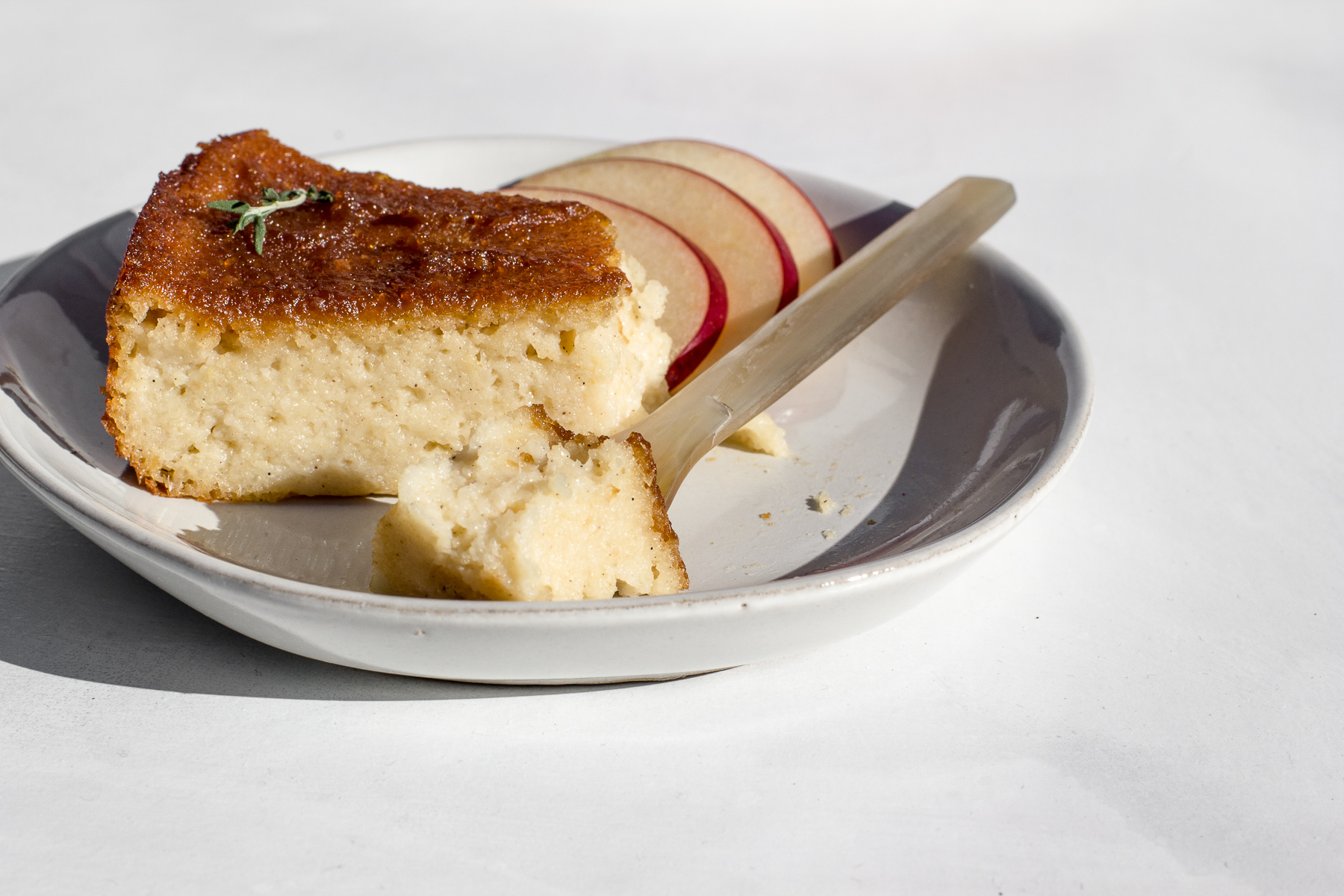 cassava cake with apple sauce