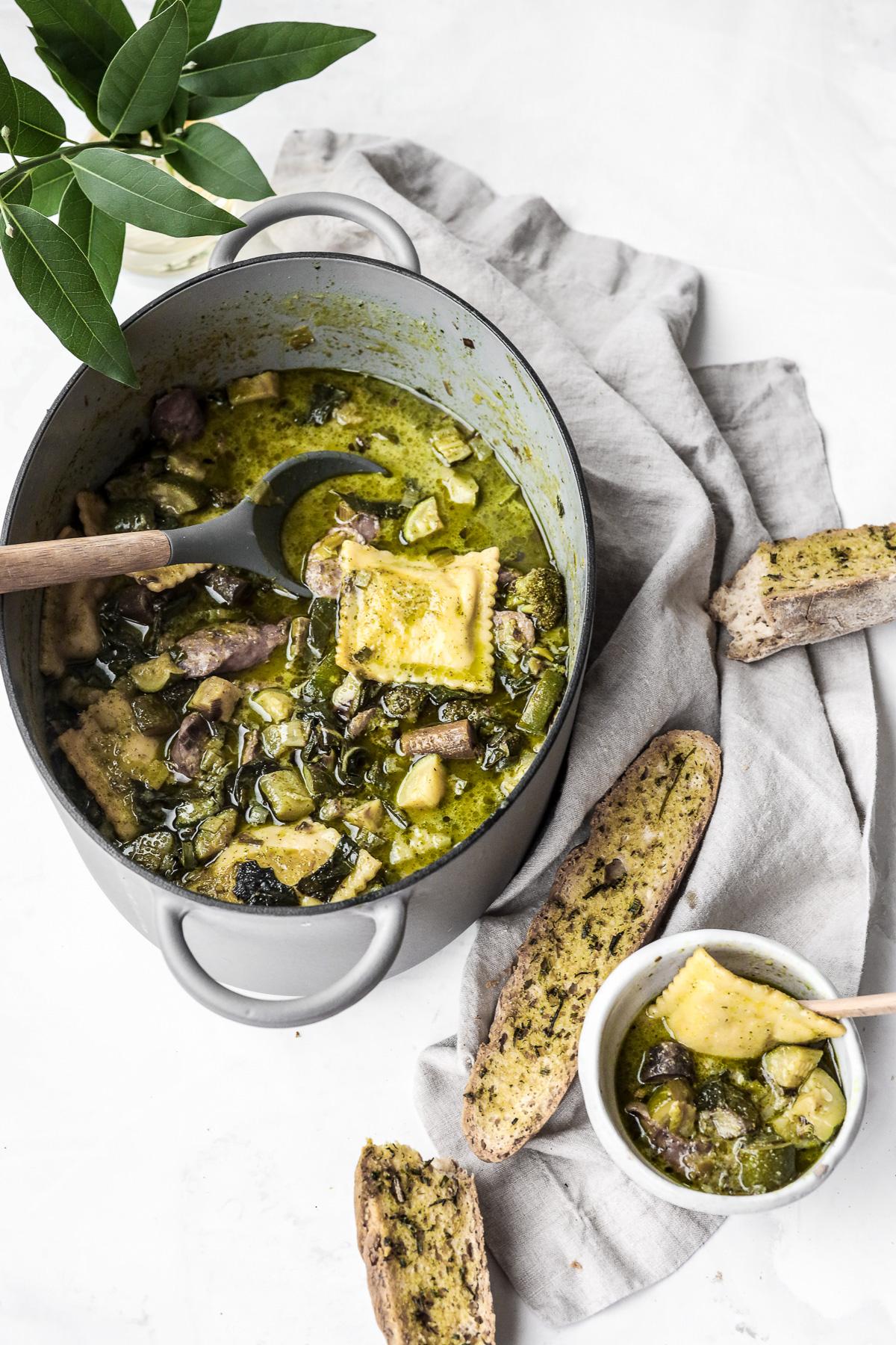 Creamy Vegan Pesto Soup